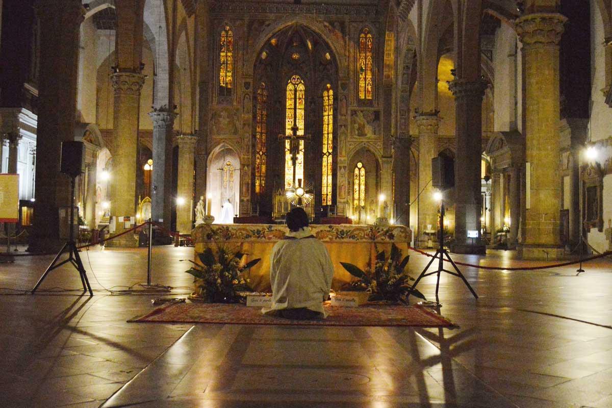 Adorazione eucaristica - la luce nella notte